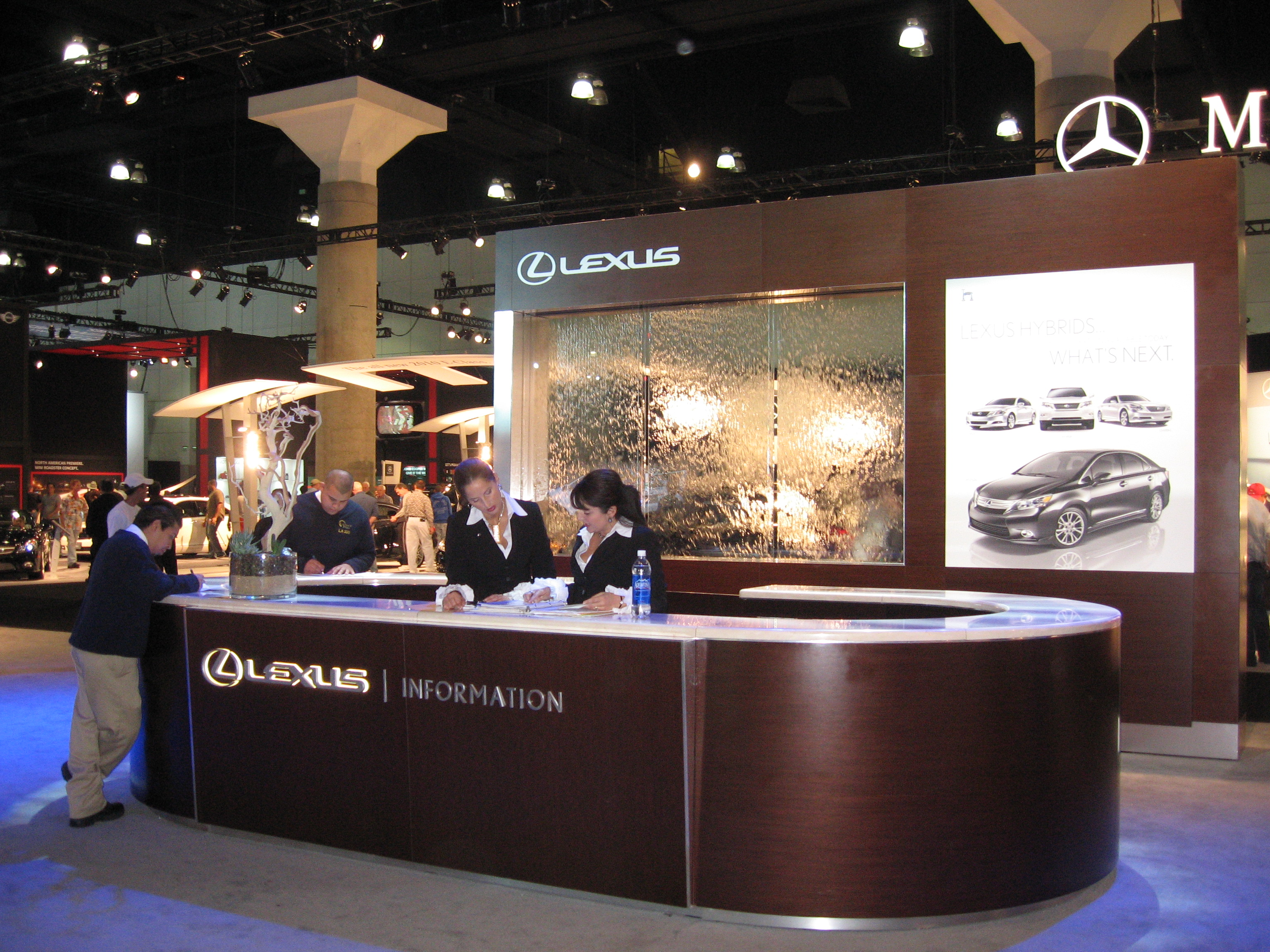 LEXUS Counter